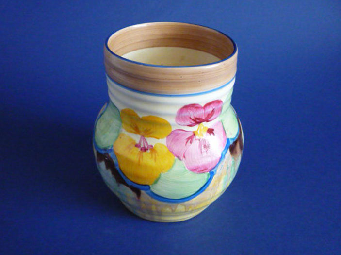 Stunning Clarice Cliff Bizarre Delecia Pansies 565 Shape Ribbed Vase